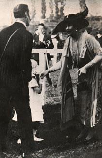 Marqués de la Guardia, Reina Victoria y su hija Teresa